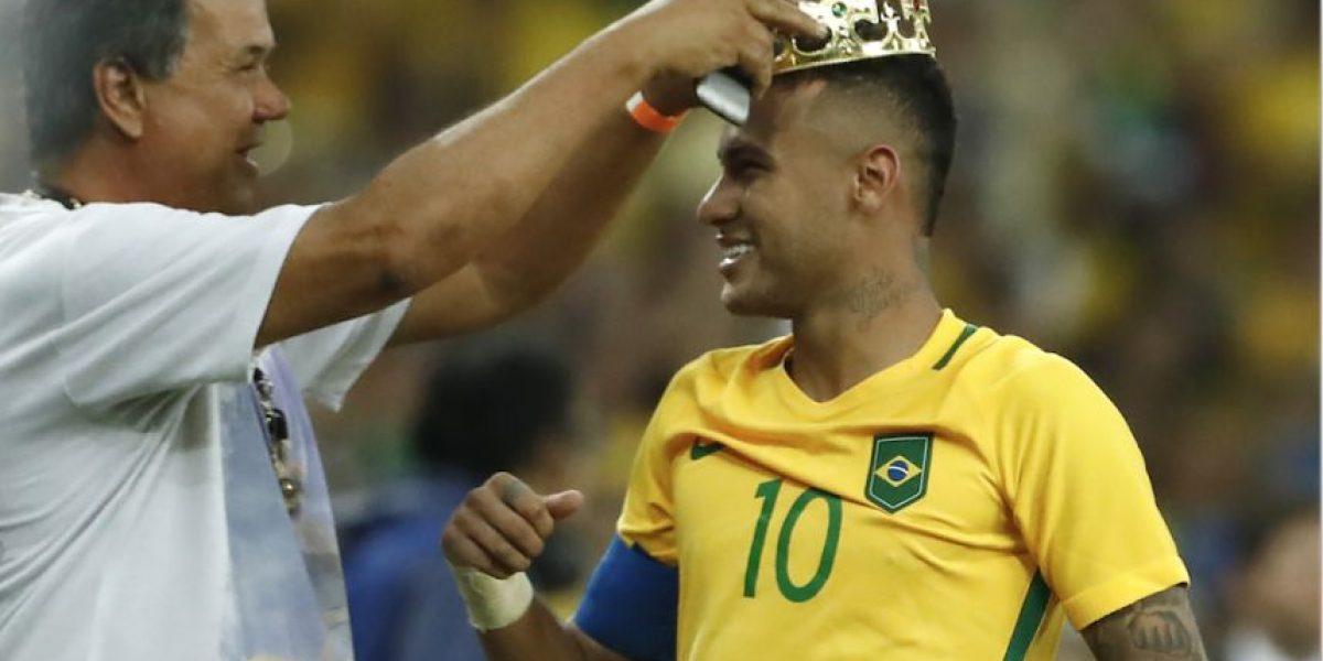 Neymar sorprende con un look a lo Messi