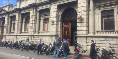 Reformas a Ley de Tránsito otorga privilegios a motociclistas
