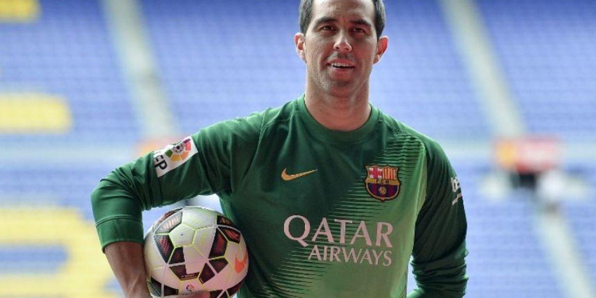 OFICIAL: Claudio Bravo deja las filas del Barcelona