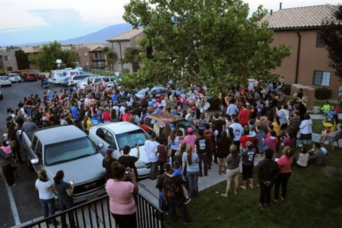 Decenas de personas se unieron para recordar a la niña Foto:AP