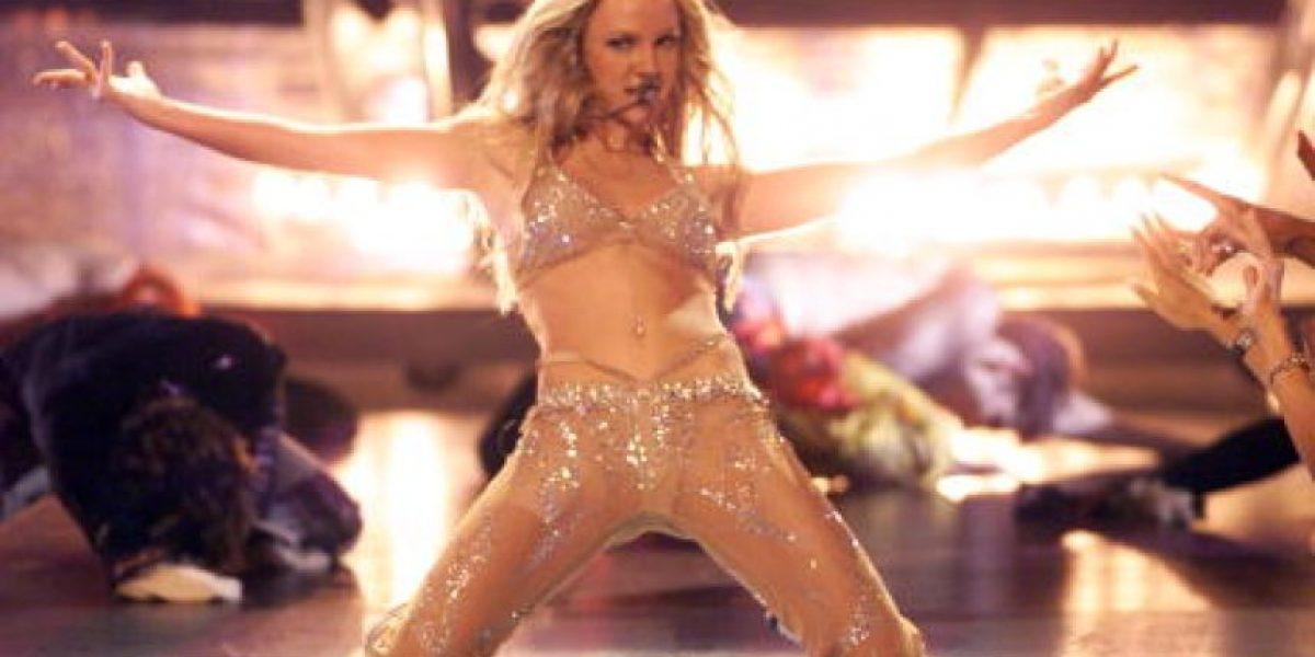 Britney Spears se viste de colegiala para el