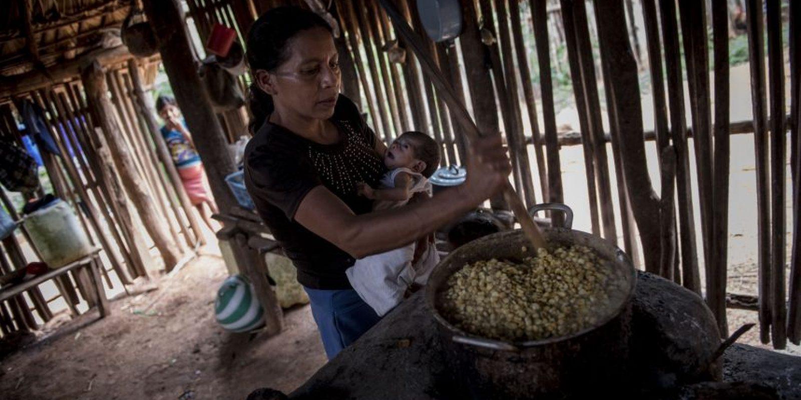 Hay días en lo que solo habrá tortillas para la familia García García Foto:Oliver de Ros