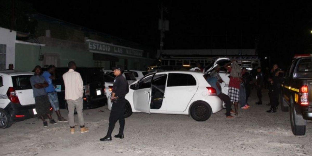 Capturan a taxistas por transportar a indocumentados en Chiquimula