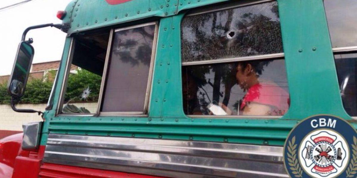 Detienen a atacantes de bus en zona 9