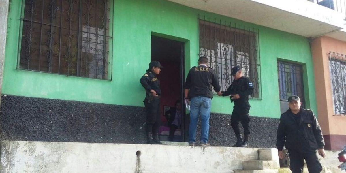 """Tres mujeres colaboraban en la estructura """"los Toyos"""" para exigir dinero a los choferes de autobús"""