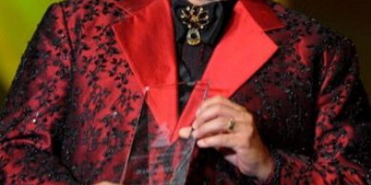 6 canciones que fueron escritas por Juan Gabriel y no lo sabían