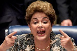 La presidenta se presentó en el Senado brasileño ayer Foto:AFP