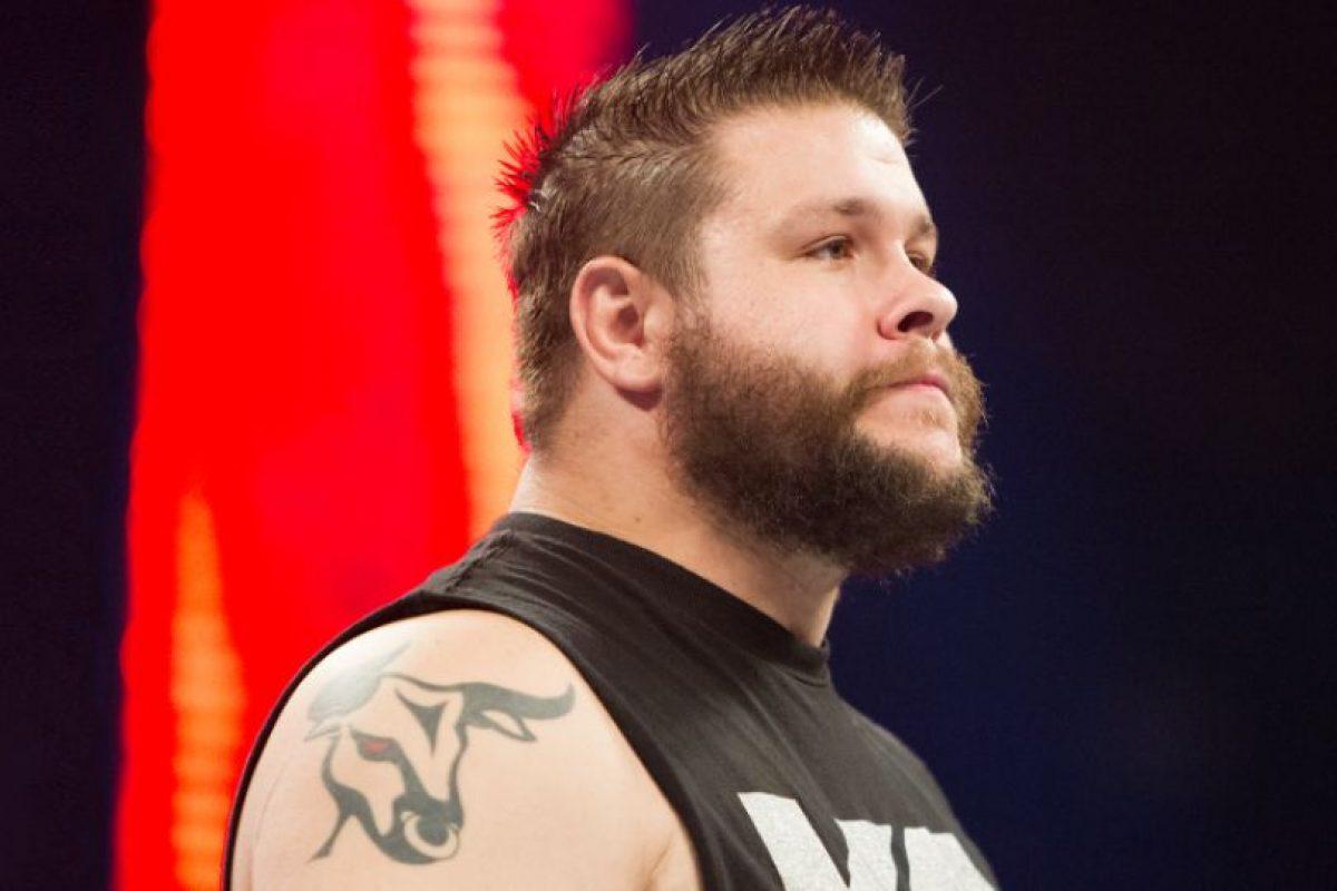 Kevin Owens es el nuevo Campeón Universal de WWE Foto:WWE