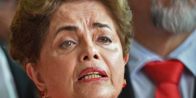 Un abrazo cariñoso a todos los brasileños que comparten conmigo la creencia en la democracia y el sueño de la justicia Foto:AFP