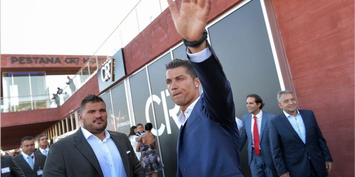 Cristiano Ronaldo enloquece a sus fans con su nuevo peinado