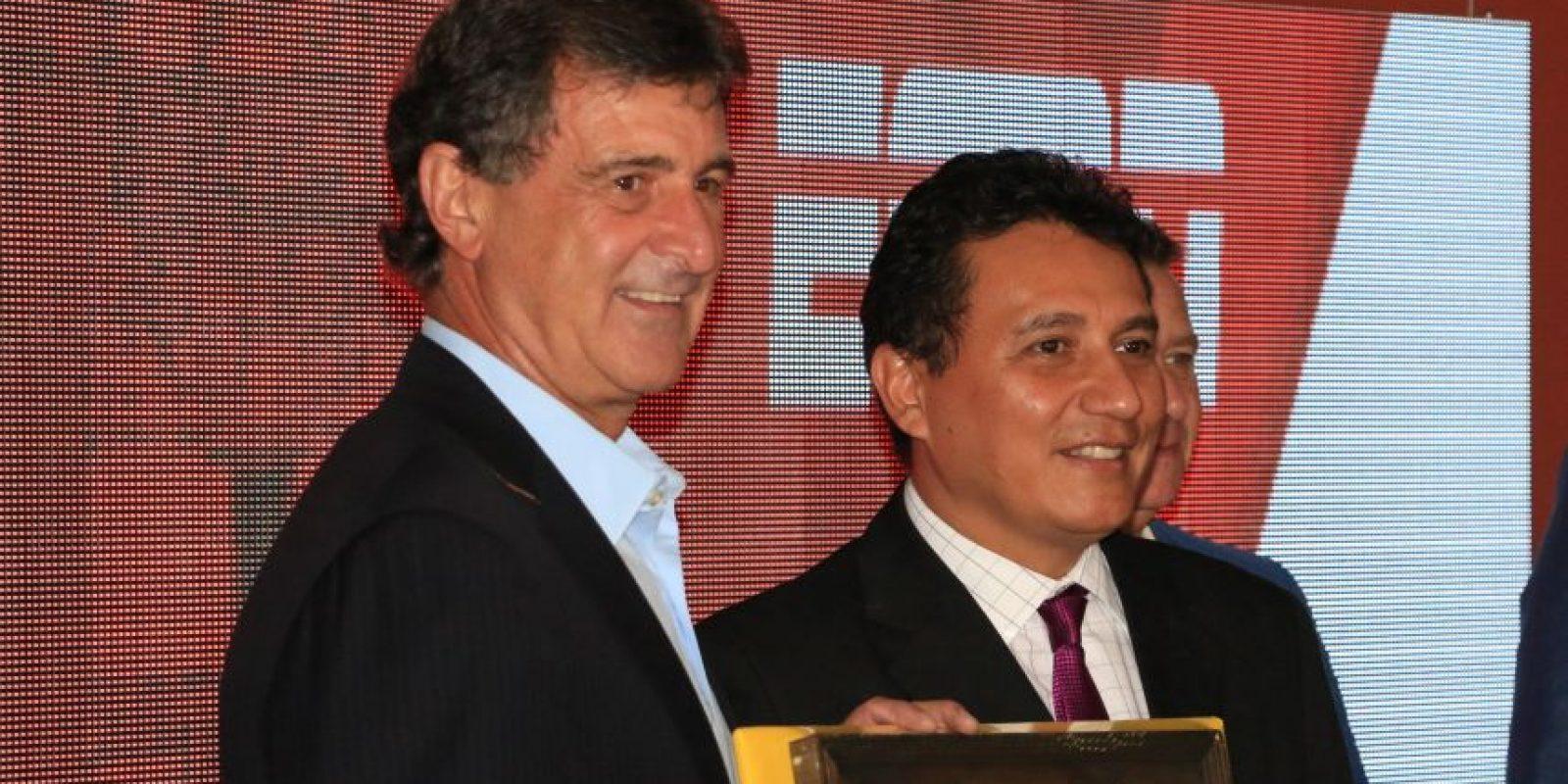 """""""El Matador"""" visitó Guatemala junto con el equipo de """"Fuera de Juego"""" de ESPN. Foto:INGUAT"""