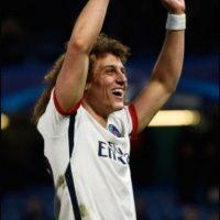 David Luiz. El brasileño llegó al Chelsea por 40 millones de euros Foto:Getty Images