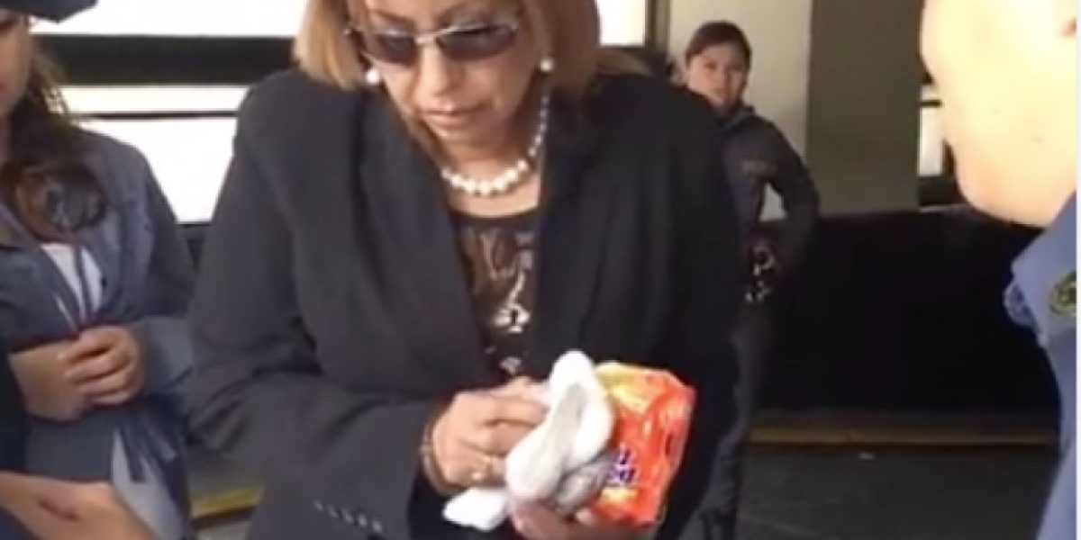 VIDEO. A Anabella de León no le permitieron entrar