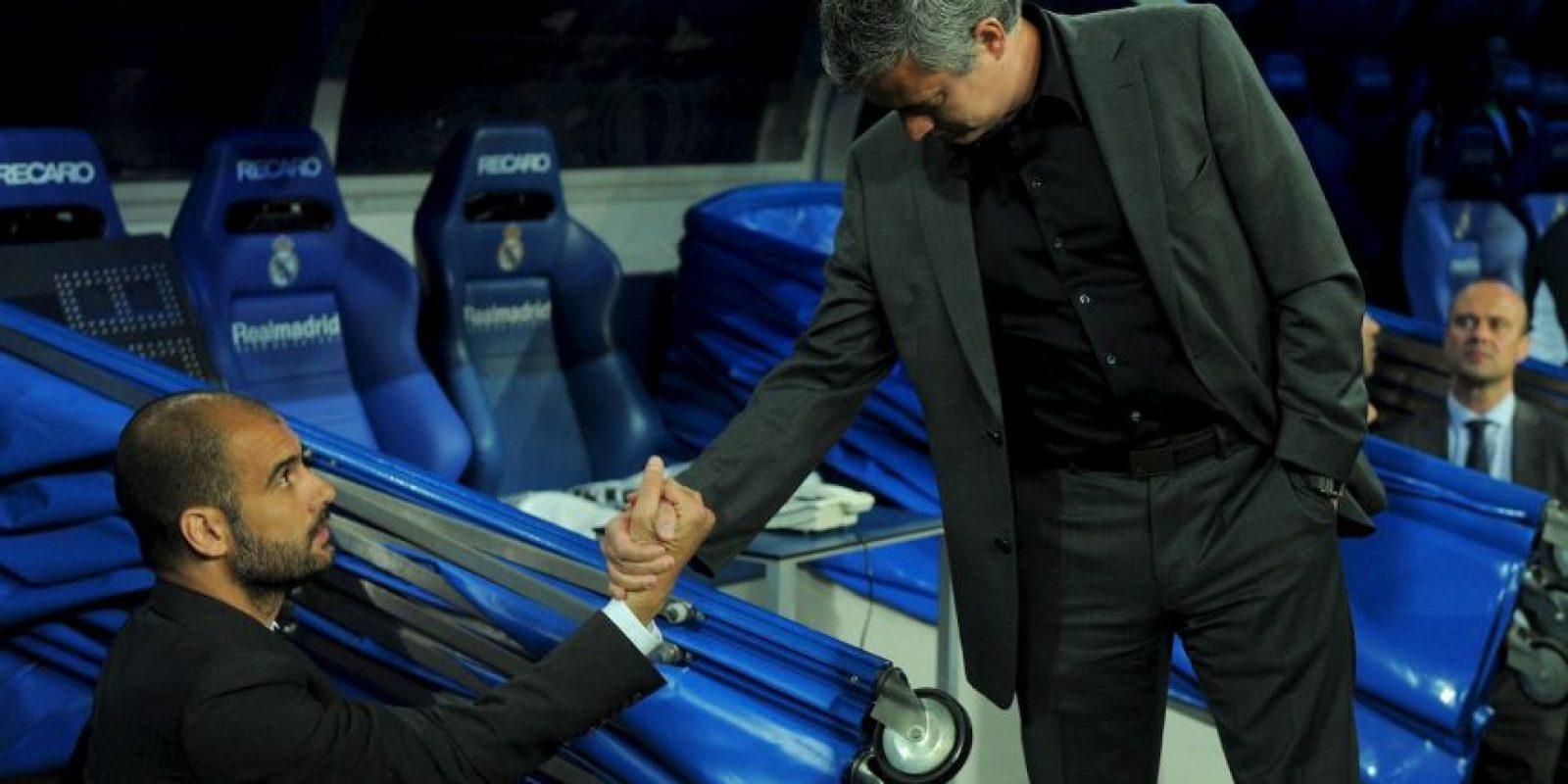 "Pep dirige a Manchester City y ""Mou"" es el timonel del Manchester United Foto:Getty Images"