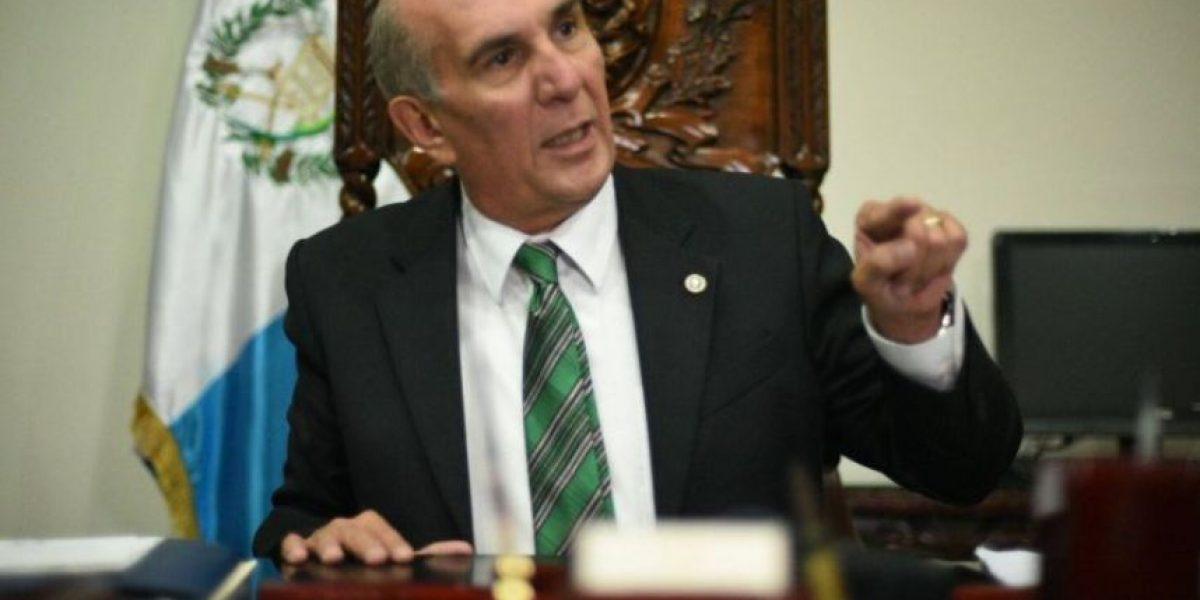"""""""Lo tenemos que desaforar"""" dice el presidente del Congreso acerca de Luis Rabbé"""