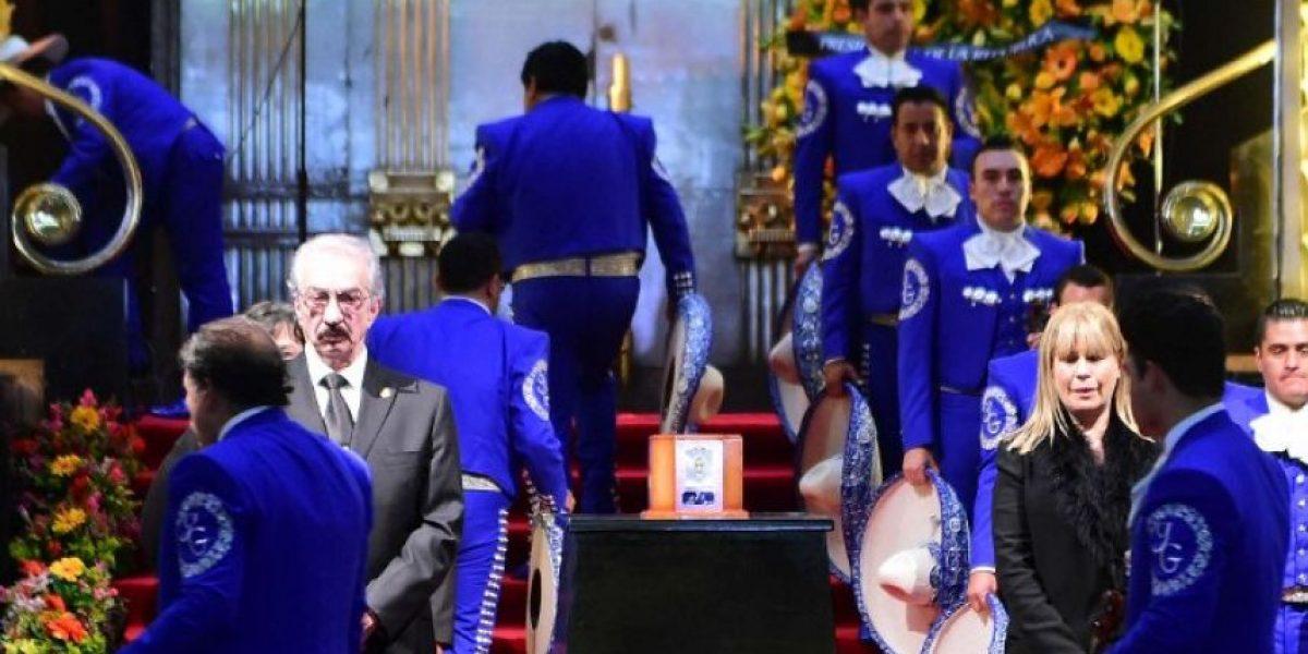 ¿Juan Gabriel está vivo? La verdad detrás de esta foto viral
