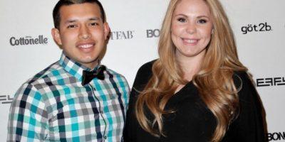 Luego de sufrir infidelidad, el esposo guatemalteco de esta Teen Mom se besó con dos mujeres
