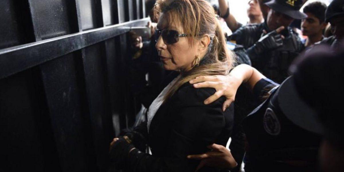 A días de estar capturada, Anabella de León se quitó las extensiones y las gafas