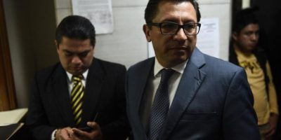 Exdiputados señalados de plazas fantasma entregan pasaporte y se ponen a disposición de juez
