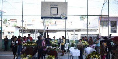 Luto y desconsuelo viven familiares de víctimas del alud en Villa Nueva