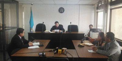 El juez Villeda lee la sentencia. Foto:Cortesía