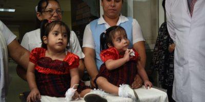 """""""Las Rositas"""" salen del Hospital Roosevelt y son recibas en el hogar Amor de niño"""