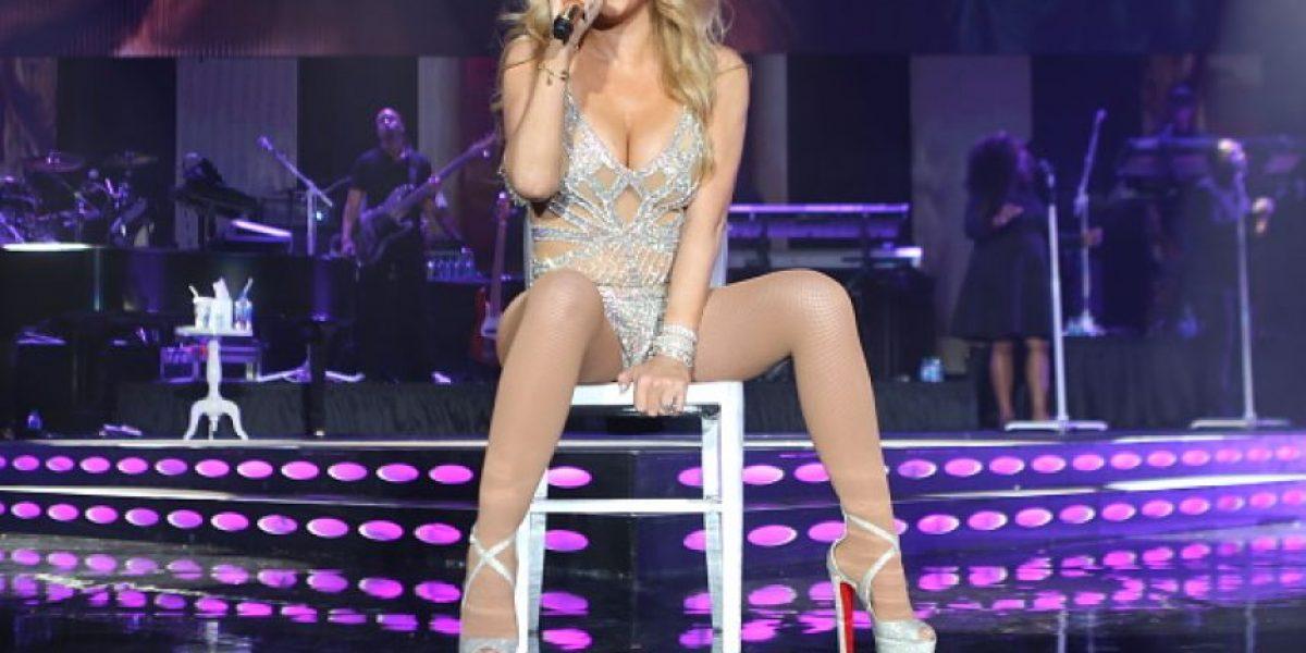 Mostrando sus atributos delanteros, Mariah Carey seduce en el jacuzzi