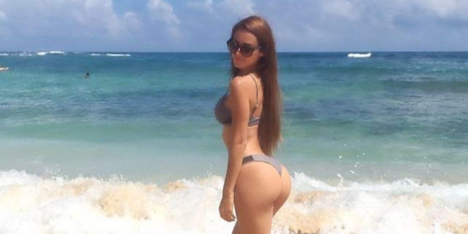 Instagram Foto:La guapa chica del clima deja el programa que la llevó a la fama y se va del país