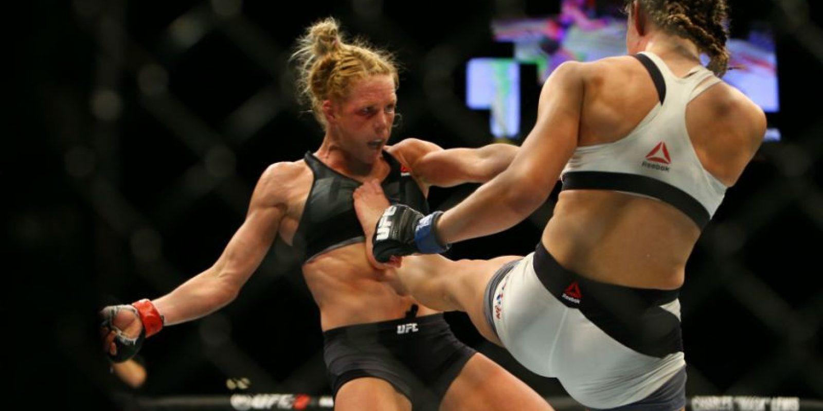 Getty Images Foto:La Hija del Predicador, tras caer con Tate y perder el Campeonato Peso Gallo Femenino