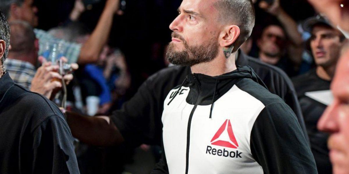 UFC: CM Punk y otros peleadores con caras dañadas