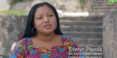 Evelyn Payolá, una de las personas honestas que devolvió un celular abandonado