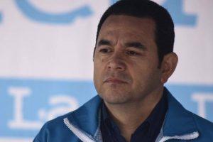 El presidente Jimmy Morales en una actividad cívica Foto:Publinews