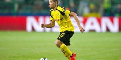 El lateral izquierdo también marcó un gol por Borussia Dortmund
