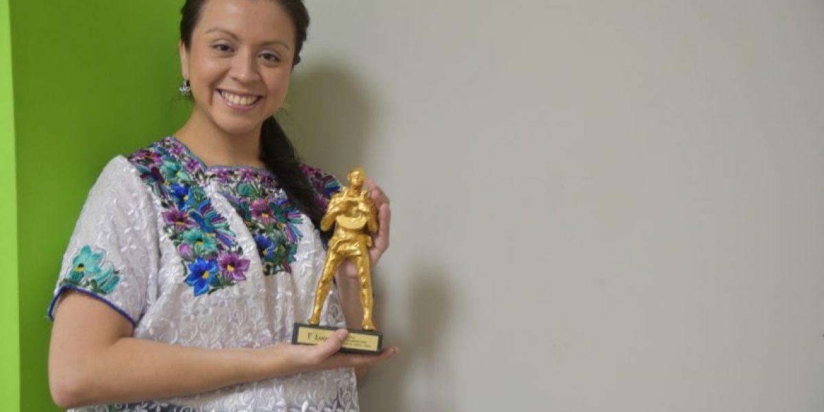 """Alejandra Flores: """"No me esperaba el premio porque habían voces increíbles"""""""