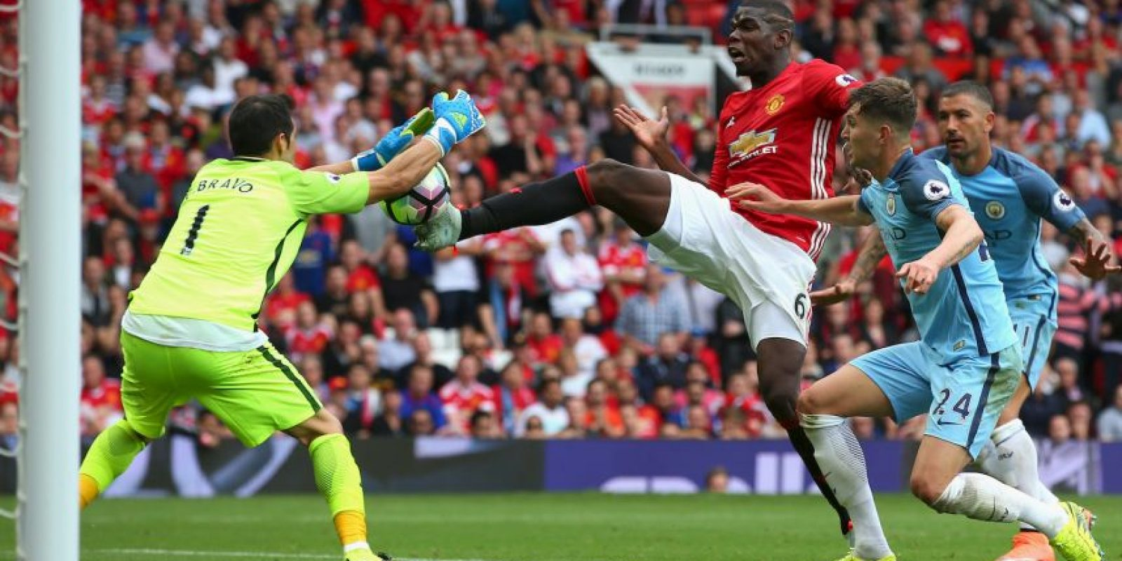 Getty Images Foto:El mediocampista no ha tenido buen rendimiento en su inicio en Manchester United.