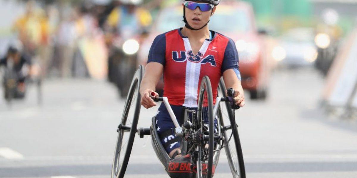 Oksana Masters: La atleta paralímpica que sobrevivió a malformaciones y triunfa en el deporte