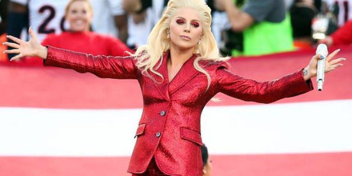 Lady Gaga al medio tiempo del Super Bowl 2017