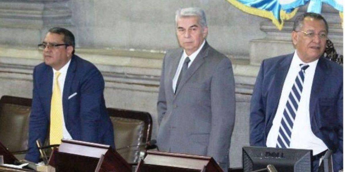 Luis Rabbé solicita permiso para ausentarse dos meses