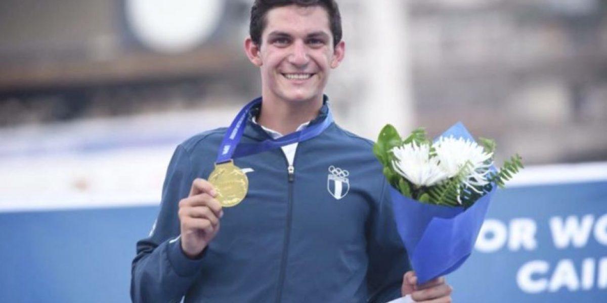 VIDEO. Campeón del mundo Charles Fernández recibe conmovedora bienvenida