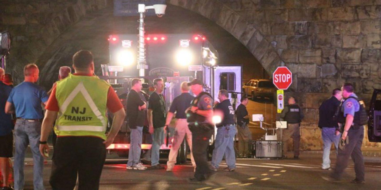 AP Foto:El paquete sospechoso que explotó en Elizabeth, Nueva Jersey.