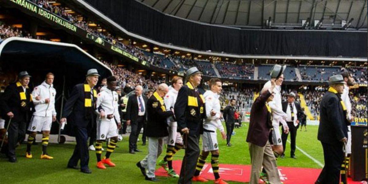 El tierno gesto que tuvo un equipo sueco con sus veteranos hinchas