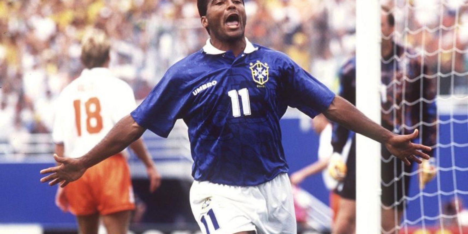 Getty Images Foto:El delantero brasileño fue uno de los más talentosos en su momento, pero su gusto por las fiestas y la noche era conocido. Incluso, por contrato, tenía el privilegio de poder salir todas las noches en su época del Valencia, donde sólo estuvo una temporada.