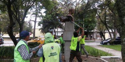 Municipalidad de Guatemala resguarda busto en Avenida Reforma tras intento de robo