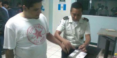 """Capturan al """"Gruñón"""", policía asegura que es uno de los fugados de la cárcel El Boquerón"""