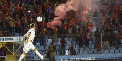 Los rojos se quedaron con el primer clásico del Apertura 2016 en el estadio Doroteo Guamuch. Foto:Oliver de Ros