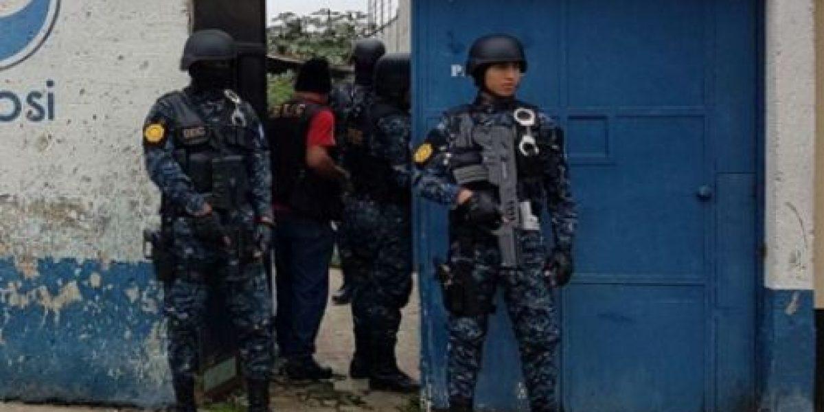 Localizan escondite de armas de pandilleros en la zona 6
