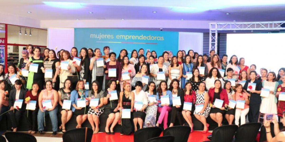 Más de 100 mujeres guatemaltecas se graduaron como emprendedoras