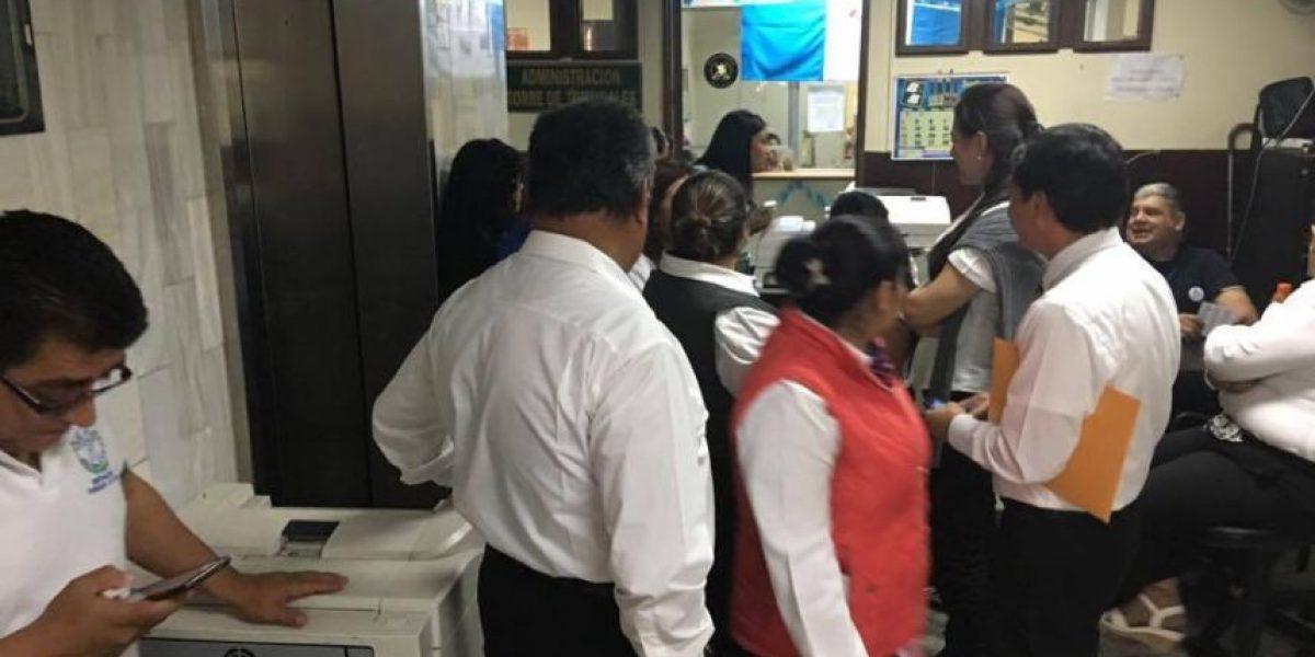 Juzgado inicia a notificar despidos a los empleados del Congreso