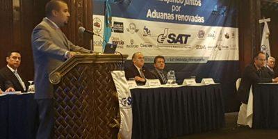 SAT y empresarios se comprometen a erradicar corrupción en aduanas