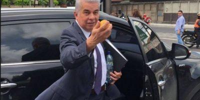 Congreso separa temporalmente al prófugo diputado Luis Rabbé